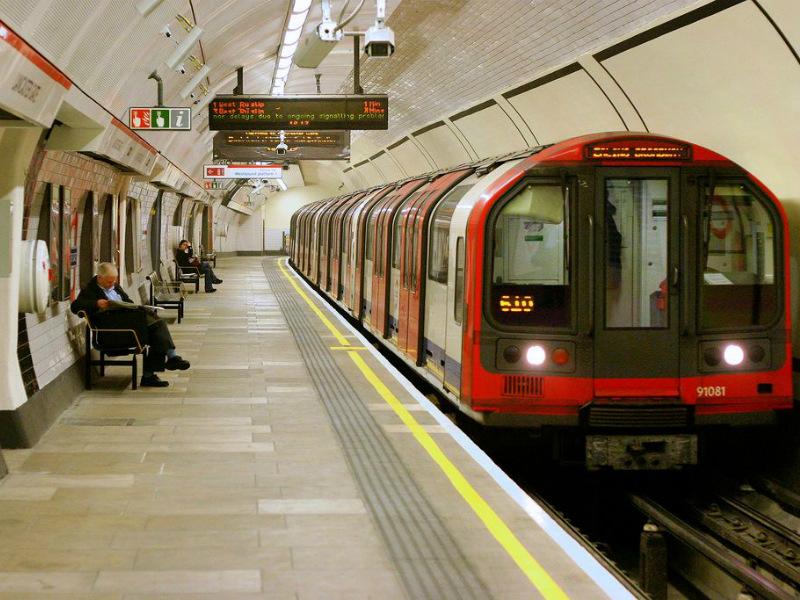 Лондонский метрополитен – первая подземка в мире!